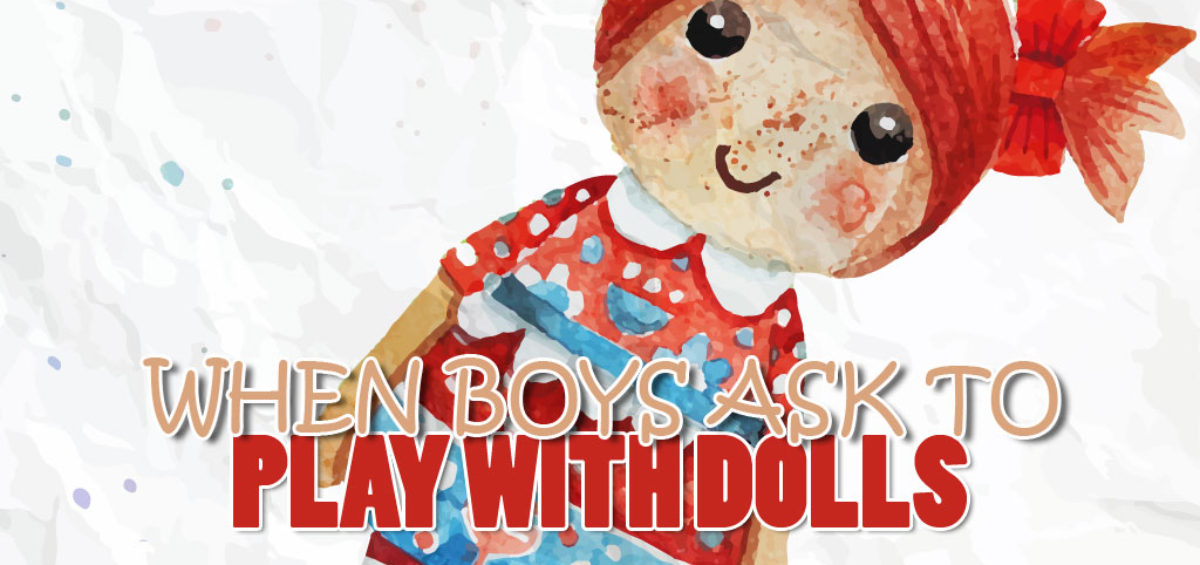 boy-play-dolls